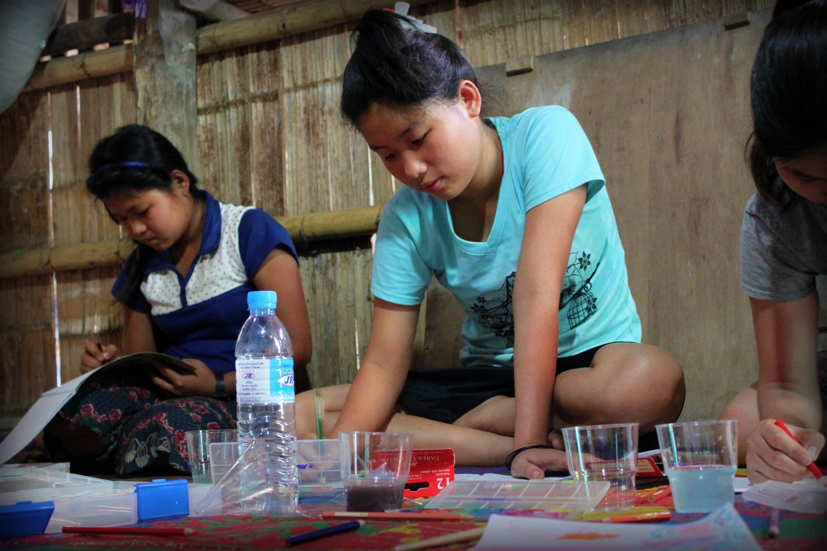 refuge art girls Free jigsaw puzzle nude